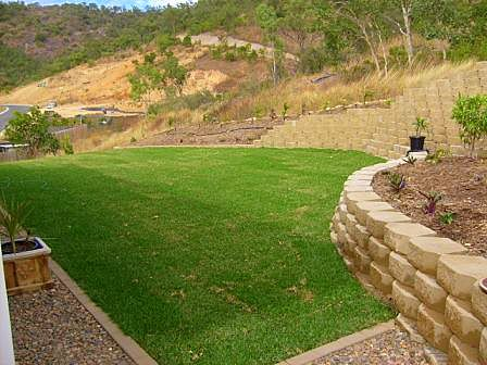 Large landscaped area Northern Land Design